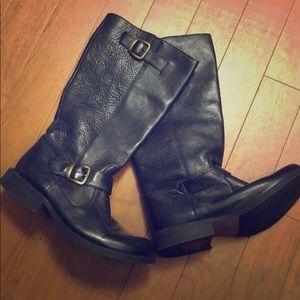 ab38e523515 Steve Madden Shoes - NEW LIST🆒🆕👢Steve Madden FRENCH Boot 👢🎉💕